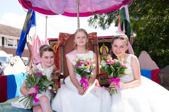 The 2014 Carnival Princess with her attendants. Photo: JLC Photography Ltd.